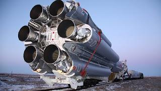 Transportador espacial russo P...