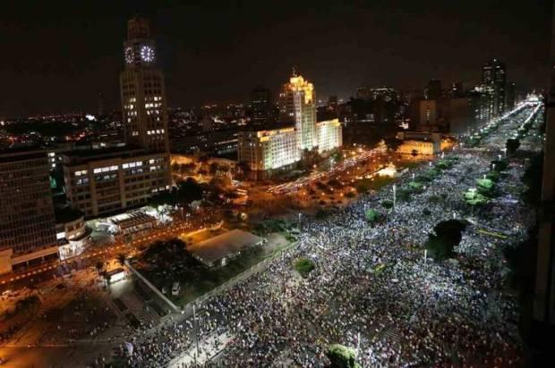 Manifestação em 20 de junho no Rio de Janeiro.
