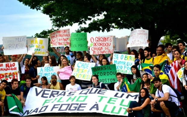 Boston, nos EUA, também teve apoio de brasileiros nas ruas.