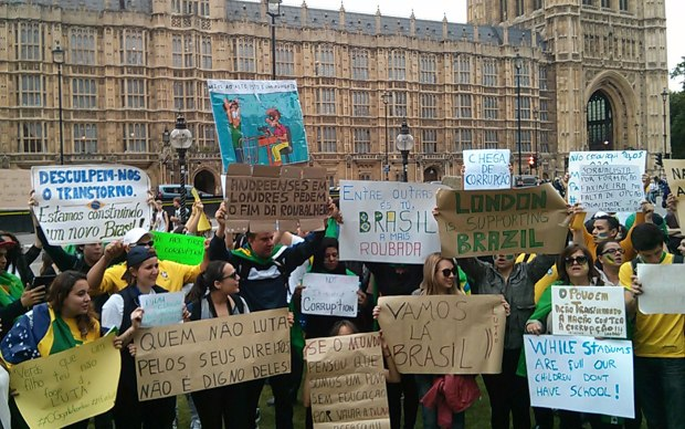 Mais de 7.500 confirmaram presença no protesto em Londres.