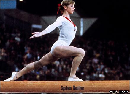 Uma mulher que vale ouro, Larissa Latynina: Atleta feminina com mais medalhas de ouro em olimpíadas de todos os tempos.