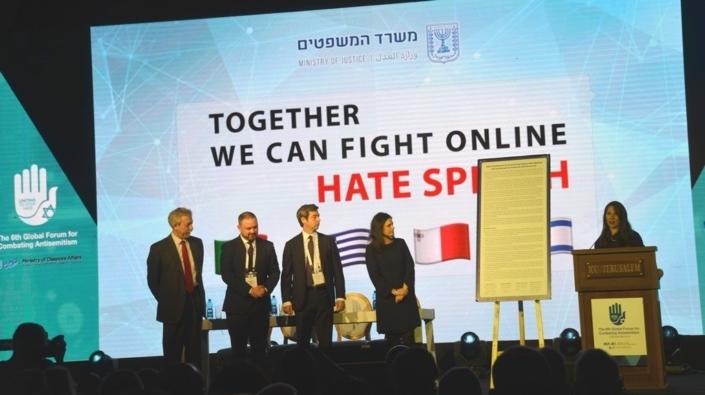 """Tolerância Segura"": O Plano Sionista para Silenciar Permanentemente o Ocidente. [Parte 3]"
